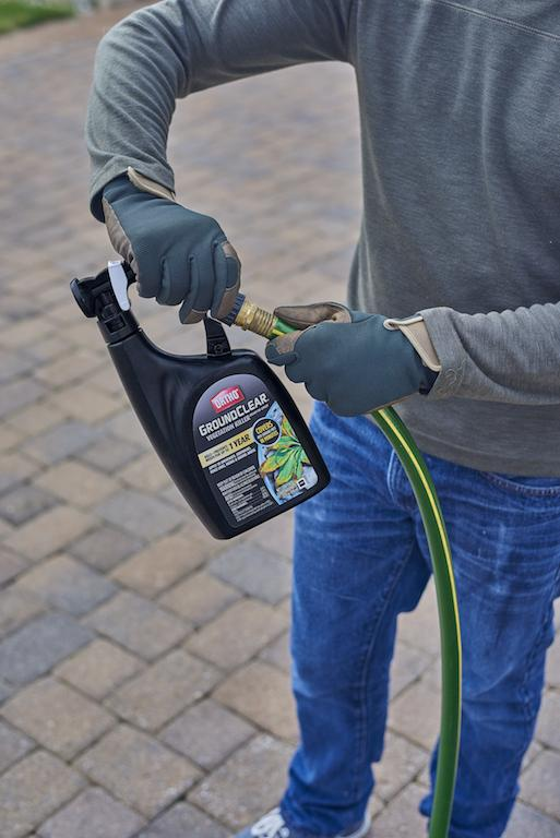 how to use Ortho GroundClear Vegetation Killer Ready-To-Spray 2